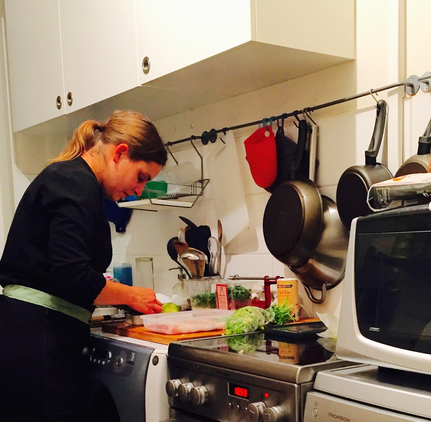 Comment manger un repas gastronomique sans bouger de chez - Cuisiner chez soi et vendre ses plats ...