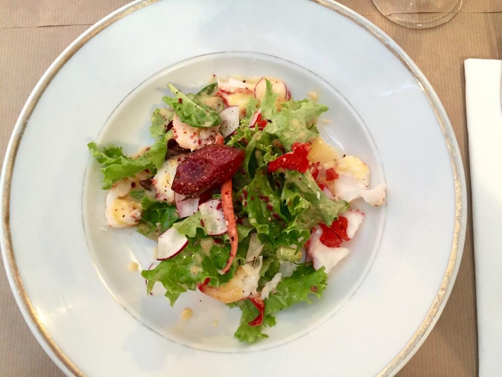 Salade Homard breton mangue et fraise